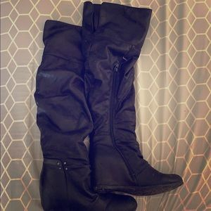 Pair of over the knee black boots!